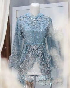 Kebaya Lace, Kebaya Brokat, Dress Muslim Modern, Indonesian Kebaya, Kebaya Wedding, Model Kebaya, Kebaya Muslim, Batik Dress, Hijab Dress