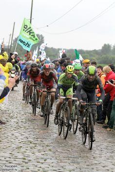 2014 tour-de-france photos stage-05 - Alejandro Valverde followed by Alberto Contador and Teejay van Garderen. Valvarde and van Garderen lost 2:28 while Contador was 37th + 2:54