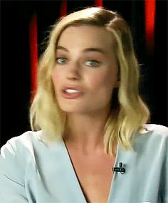 James Goes Method for 'Peter Rabbit' w/ Margot Robbie & Domhnall Gleeson (requested by anonymous) Margot Robbie Gif, Margo Robbie, Actress Margot Robbie, Margot Robbie Harley, Hollywood Actresses, Actors & Actresses, Goodbye Christopher Robin, Hearly Quinn, Richard Curtis