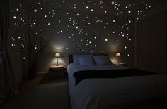 """Wandkings wall stickers """"250 x fluorescent dots for a starry sky"""" Fluorescent and glow-in-the-dark"""