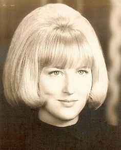 Roller Set Hairstyles, Bob 1, Vintage Hairstyles, 1960s Hairstyles, Bouffant Hair, Hair Creations, Page Boy, Cute Cuts, Short Styles