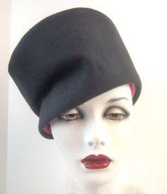 6741bb72d869c Vintage Womens Designer Frank Olive 1960s Cloche Sculptural Hat Steel Grey  Pink. eBay. 1940s Hats ...