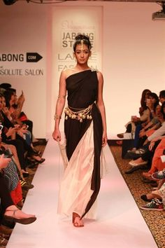 "black and white sari with multi-strand hardware belt | Vasundhara's ""Yagyaseni: The Warrior From Within"" Collection {Lakme Fashion Week 2015} - Gallery"