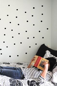 WEECALS - PAINTED DOTS. New WeeCals by Wee Gallery were designed small to make a big impact! These mini stickers are versatile and stylish.
