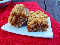 A Beautiful Mess: Pumpkin Pie Bars with an Oatmeal Cookie Crust