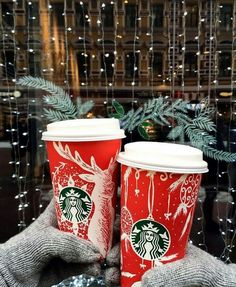 Merry Christmas from Starbucks! Christmas Feeling, Christmas Time Is Here, Merry Little Christmas, Winter Christmas, Christmas Tumblr, Christmas Quotes, Christmas Pictures, Modern Christmas, Winter Instagram
