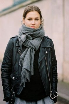 because im addicted afterdrk fashion blog grey scarf leather jacket