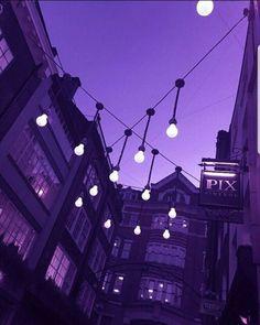 ideas for purple lighting aesthetic Violet Aesthetic, Dark Purple Aesthetic, Lavender Aesthetic, Night Aesthetic, Aesthetic Colors, Aesthetic Images, Aesthetic Backgrounds, Aesthetic Wallpapers, Purple Wall Art