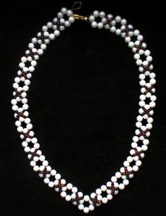 Free pattern for necklace Classic