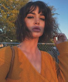 20 Top Incredible Short Haircuts with Bangs – Stylendesigns 25 Pixie Bob Haircuts for Neat Look Short Haircuts With Bangs, Short Hairstyles For Women, Messy Hairstyles, Hairstyles 2018, Natural Hairstyles, Unique Hairstyles, Black Hairstyles, Short Curly Hair, Long Hair Cuts