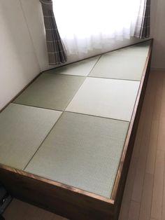 Mattress, Tile Floor, Flooring, Crafts, Furniture, Home Decor, Manualidades, Decoration Home, Room Decor