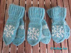 Ravelry: Frosen leikskóla vettlingar pattern by Buffalo Ása Knitting For Kids, Baby Knitting Patterns, Knitting Yarn, Free Knitting, Baby Mittens, Knit Mittens, Knitted Gloves, Frozen Pattern, Frozen Crochet