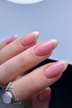 french tip almond nails, french almond nails, almond nails, round french tip nails, trendy french tip nails, almond nails short, french tip almond nails short french tip almond nails long, french tip almond nails with design, french tip almond nails color, french tip almond nails stilettos, summer nails, spring nails, nail shapes, short almond nails, #nailart#naildesigns#acrylicnails#spiringnailfrench#clevelandnails##nailhacks#nailsofinstagram#nailsoftheday#nailpolish#gelnails#gelpolish#nailsha French Nail Art, French Nail Designs, French Tip Nails, Natural Almond Nails, Short Almond Nails, Spring Nails, Summer Nails, Soft Nails, Flower Nail Designs