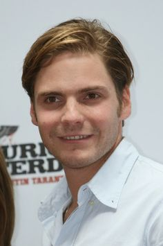 Daniel Bruhl Photos - Daniel Bruhl Out And About In Cannes - Zimbio