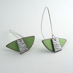 E306 Double enamel earrings in lichen green