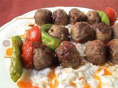 Iftar, Sausage, Pasta, Ethnic Recipes, Ali, Presentation, Foods, Drinks, Kitchens