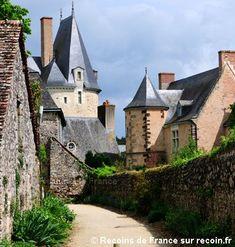 Village préféré des français, Pays de la Loire, Sainte Suzanne France City, France 2, Location Gite, Saumur, Beaux Villages, Fortification, Suzanne, Road Trip, Places To Visit