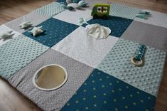 Baby Sewing Projects, Diy Projects, Diy Tapis, Activity Mat, Baby Couture, Baby Bunnies, Baby Quilts, Carpet, Crafty