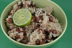 Veggie broth instead of chix broth will make this meatless. A Year of Slow Cooking: Slow Cooker Coconut Red Beans and Rice Recipe