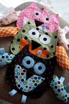 Owl Taggie Toys.....thinking crinkle stuff in the wings?!