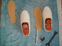 Как я делаю подошву на тапки. Микропористая резина бывает разных расцветок и толщины. В примере я использую микропористую резину цвет 'Диамонд' (беж). Для валяной обуви можно использовать микропористую резину разной толщины. Я использую разную от 2 мм до 8 мм зависимо от фасона модели обуви. Достоинства микропоры листовой в том, что вы можете вырезать из одного листа разные размеры подошвы, а не…