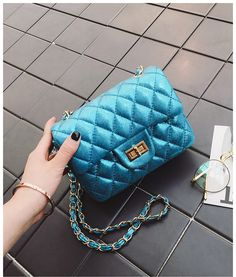 Occident and the United States PUfashion bag Jewelry Supplies, Jewelry Stores, Affordable Jewelry, Wholesale Jewelry, Fashion Bags, United States, Chanel, Shoulder Bag, Silver