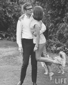 Michael Caine and Natalie Wood... adorable :]