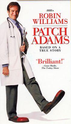 Patch Adams, te toca una fibra emocional y envía un fuerte mensaje sobre el comportamiento de los doctores.