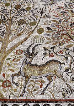 Macedonia, Land of Breathtaking Landscapes Ancient Rome, Ancient Greece, Ancient History, Mosaic Wall Art, Tile Art, Art Romain, Byzantine Art, Byzantine Mosaics, Mosaic Animals