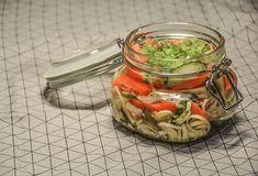 Dobálós savanyúság - nyári ízek vödörben is - Balkonada recept