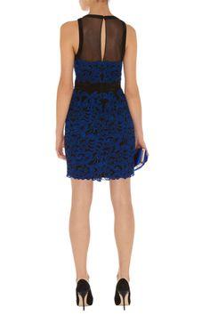Figure-flattering dresses with embroidery lacework _Dresses(d)_DESIGNER_Voguec Shop