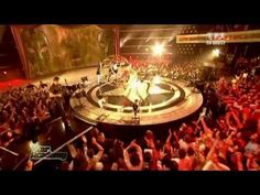 Womanizer | Britney Spears live