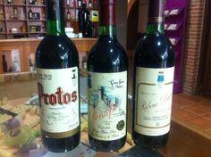 Botellas históricas de Bodegas Protos, las vimos en el blogtrip #AlmaDeProtos