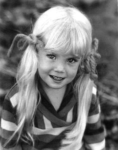 Famous Kids Who Died part 1 Young Actresses, Child Actresses, Heather O'rourke, American Children, Star Children, Young Children, Beautiful Little Girls, Hollywood Actor, Horror Films