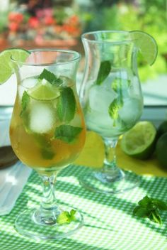 Mojito Ice Tea Recipe :9 Since it will (hopefully) be hot in June I think this would be perfect! Also I'd use simple syrup instead of stevia ..