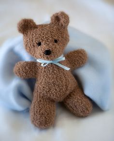 Free knitting pattern for Harry Bear - Created by the Berroco Design Team, this bear is designed to be used with novelty yarn like fun fur, comes with a scarf pattern, and is tall. Pictured project is by for Primary Children's Hospital in Salt Lake City. Teddy Bear Knitting Pattern, Animal Knitting Patterns, Knitted Teddy Bear, Crochet Bear, Stuffed Animal Patterns, Crochet Toys, Teddy Bears, Bear Patterns, Free Knitting