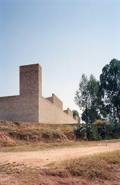 Centre d'éducation Nyanza par Dominikus Stark Architekten