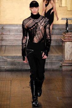 Julien Macdonald FAll/Winter 2016/2017 - London Fashion Week