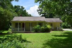 6427 Skipperton Rd Macon, GA 31216 1639 Sqft. 4 Beds and 2 Baths List Price: $89,900 Want more details about this house? You may also visit us at: http://www.searchmiddlegeorgiahomes.com/search and check out all our listings. You may reach us out via the following: 1. Call: 478-731-1878 2. Email: gerald@geraldarnold.com  3. Private Message via FB: https://web.facebook.com/GeraldArnoldRealEstate/ Please don't forget to share and like our page to your friends and family!