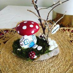 """182 Likes, 6 Comments - Pınar Türk (@taskolik_) on Instagram: """"#elyapimi #elemeği #handmade #hediyelik #handpainting #instaart #instagood #mushrooms #home…"""""""