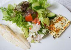 Hämmentäjä: Ahventa, halloumia ja hedelmäistä salaattia. Perch ceviche, fried perch, halloumi and fruity salad.