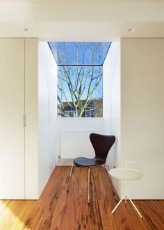 Robert Dye Architects extends a London mews house by pushing out a wall