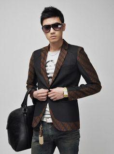 Model blazer pria yang terbaru dari toko online pakaian jas pria modern.  Butik yang menerima pemesanan aneka model blazer dan jual blazer korea harga murah