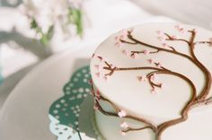 Google Image Result for http://wedding-pictures-03.onewed.com/27042/cherry-blossom-wedding-cake.jpg