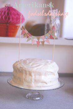 Opskrift: Klassisk amerikansk fødselsdagskage | Emily Salomon