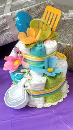 Kitchen Essentials Towel Cake Bridal Shower-Need someone to get married so I can make this! So cute!