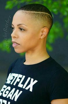 Trendy Shaved Hairstyles for the Ladies Natural Hair Short Cuts, Short Natural Haircuts, Short Hair Cuts, Natural Hair Styles, Short Hair Styles, Low Cut Hairstyles, Shaved Hairstyles, Trendy Hairstyles, Short Fade Haircut
