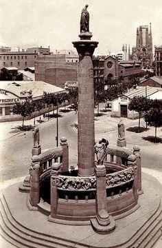 1923 - Monumento a Mossen Cinto Verdaguer, en el cruce con Diagonal. Barcelona, ahora y siempre: Monumentos