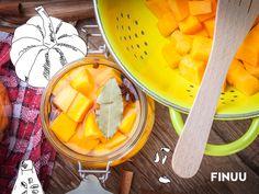 Kurpitsasalaatti to marynowana w occie dynia, do której dodaje się gałkę muszkatołową czy goździkami. Finowie jedzą ją samą lub jako uzupełnienie dań mięsnych. Znacie ten przysmak? :) #finuu #finuupl #finlandia #finland #dynia #pumpkin #weki #sloiki #przepisy #finskakuchnia #recipe #inspiracje #diy #warzywa #vegetables #butter