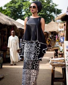 Latest Ankara Dress Styles - Loud In Naija African Fashion Ankara, Latest African Fashion Dresses, African Print Dresses, African Print Fashion, Africa Fashion, African Wear, African Attire, Ethnic Fashion, African Women
